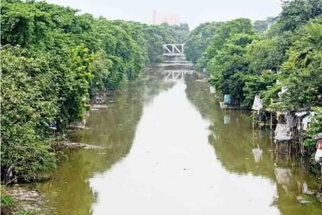 কলকাতা পার্শবর্তী এলাকায় খাল শঙ্কার, না কারণ নগরীতে জলমগ্ন, অভিযোগ ফিরাদের
