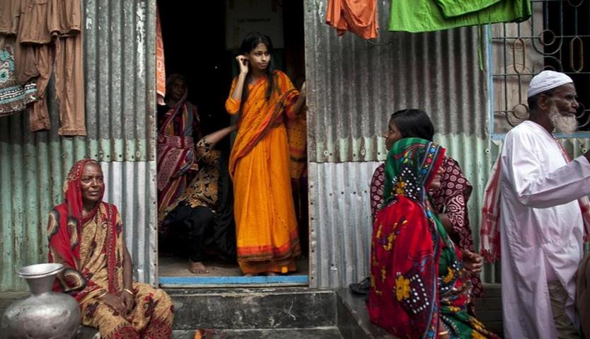 বড়াইগ্রামে ইউএনওর হস্তক্ষেপে বন্ধ হলো বাল্যবিয়ে