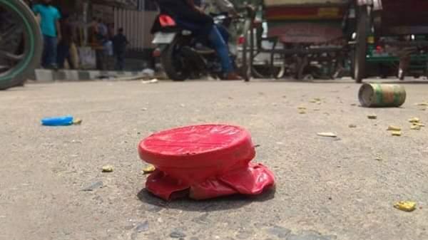 চাঁপাইনবাবগঞ্জে আধিপত্য বিস্তারকে কেন্দ্র করে দু'পক্ষের মধ্যে ককটেল বিস্ফোরণ
