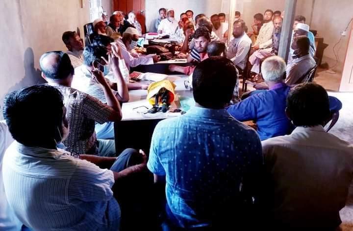 সেনবাগে সাব-রেজিষ্ট্রার ও দলিল লিখকদের পাল্টা-পাল্টি অভিযোগ।