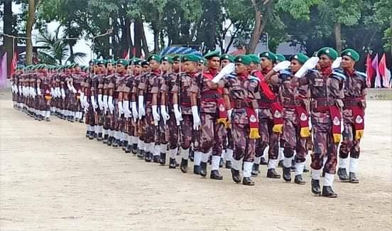 চাঁপাইনবাবগঞ্জের ৫৩ বিজিবি'র প্যারেড গ্রাউন্ডে এ ৯৬তম রিক্রুট ব্যাচের সমাপনী কুচকাওয়াজ অনুষ্ঠিত