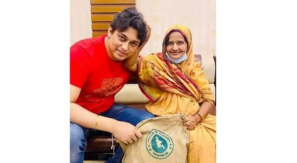 অভিনেত্রী ভুলু বারীর পাশে দাড়ালেন বাংলাদেশ চলচ্চিত্র শিল্পী সমিতি
